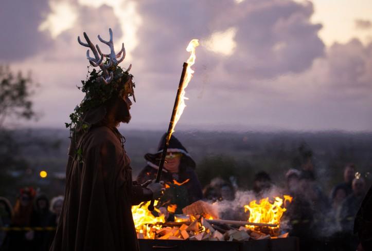 the-festival-of-samhain-is-celebrated-in-glastonbury.jpg