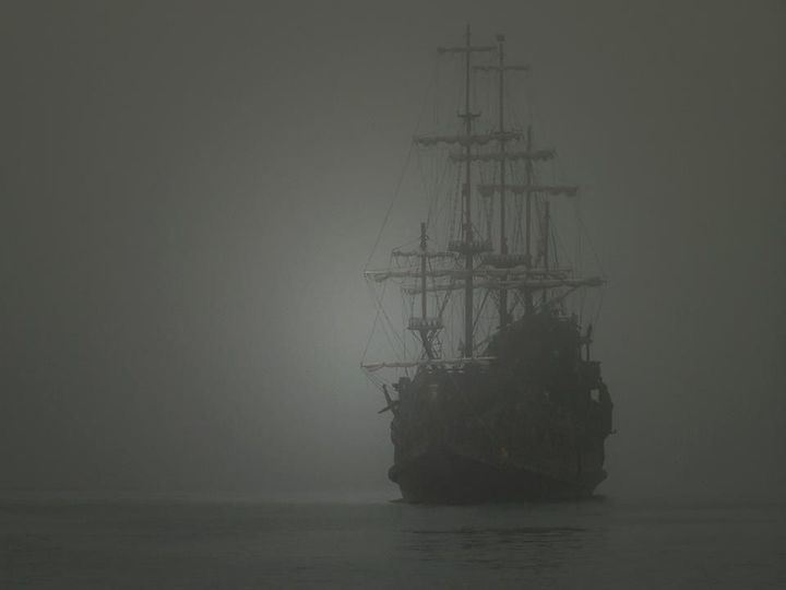 ghost-ship-zebrina