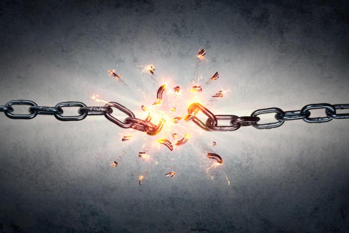 breaking_chain_shedding_constraints_breaking_boundaries_thinkstock_538328736-100724466-large.3x2